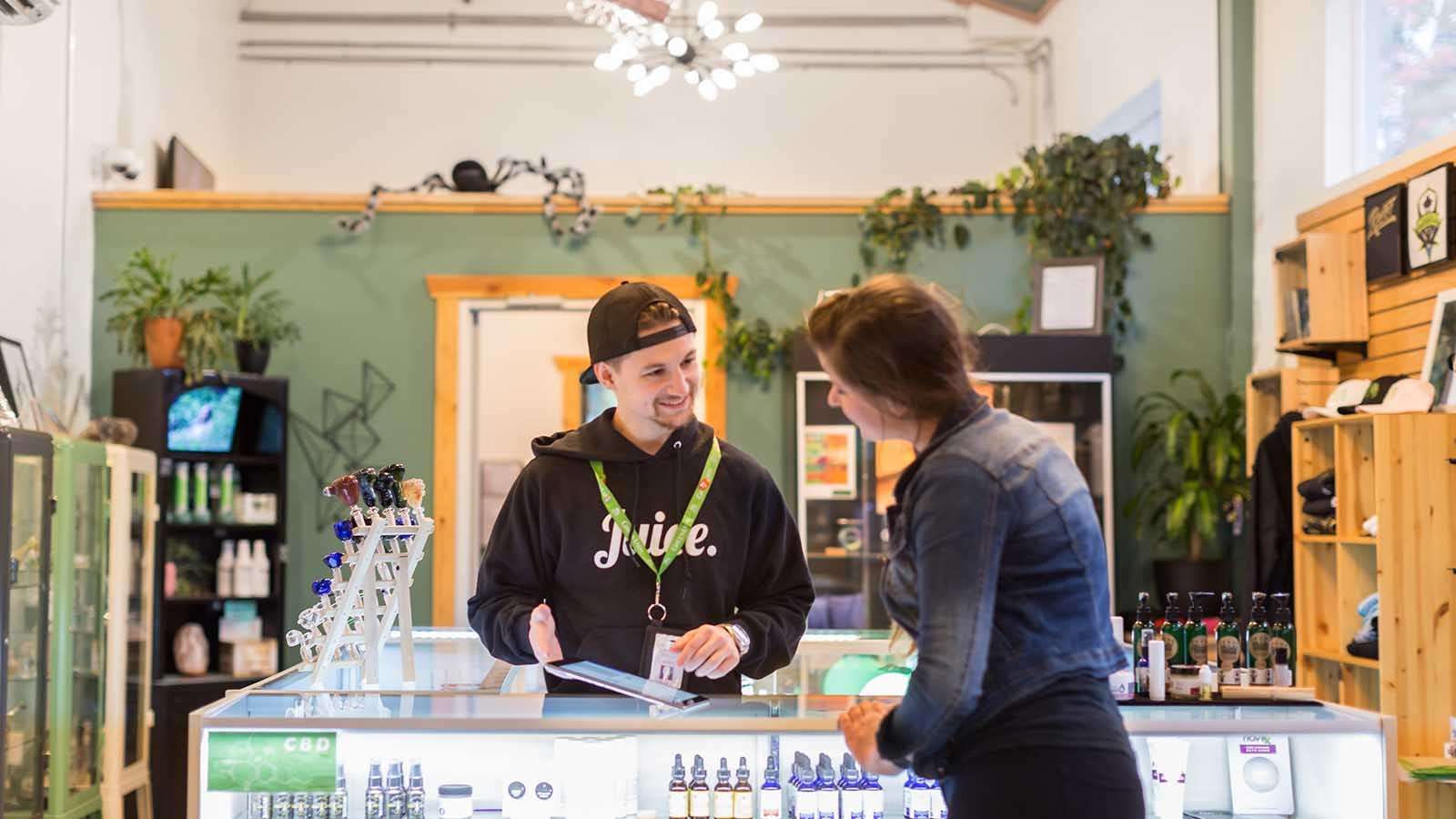 Cova-Cannabis-Retail-Customer-Service