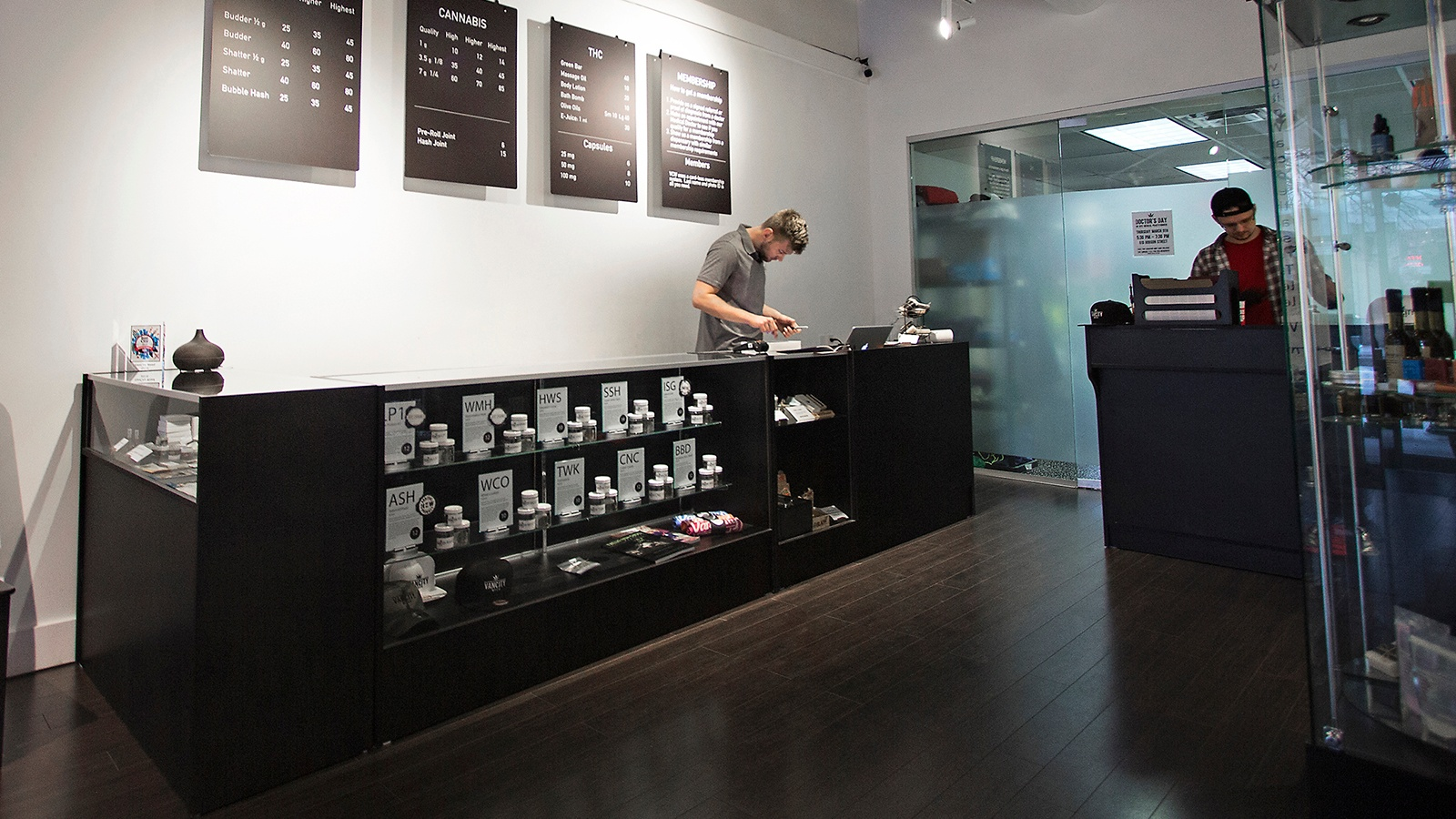 How-to-Grow-Your-Cannabis-Retail-Operation-with-Limited-Space.jpg