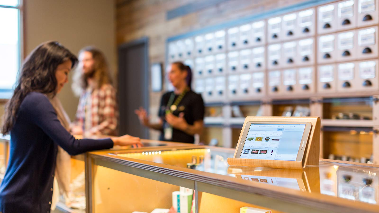 How Dispensary Software Can Support Cannabis Retail Growth