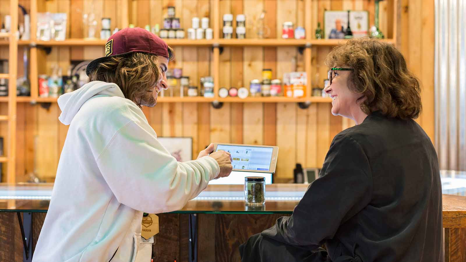 How to Maximize Customer Experience with Your Cannabis Retail POS